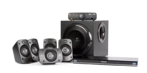 Logitech Z906 og Panasonic DMP-BDT110