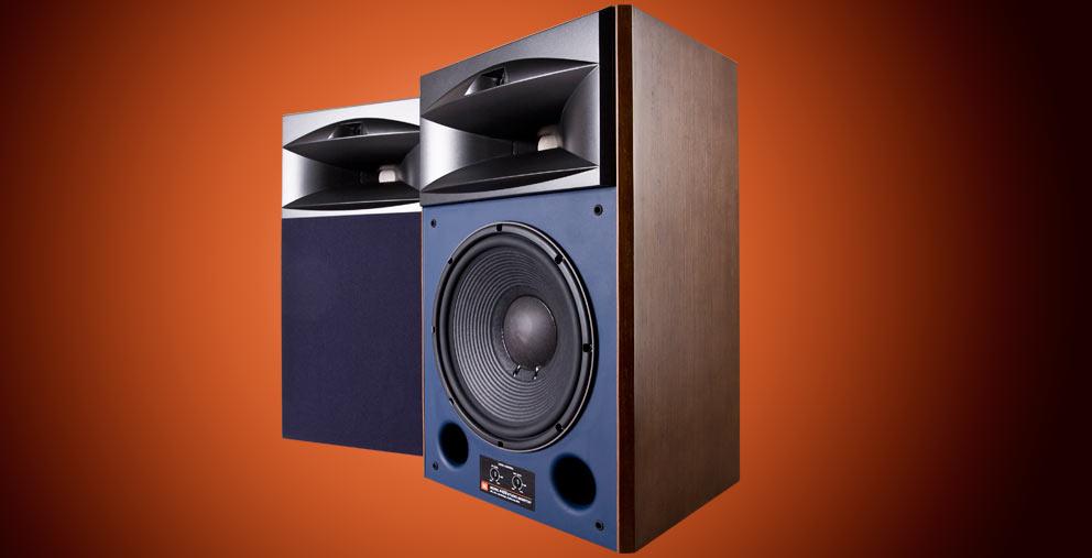 Studio-Monitor-4429-oppslag