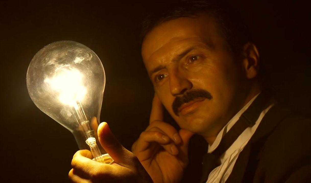 hvem fant opp elektrisitet