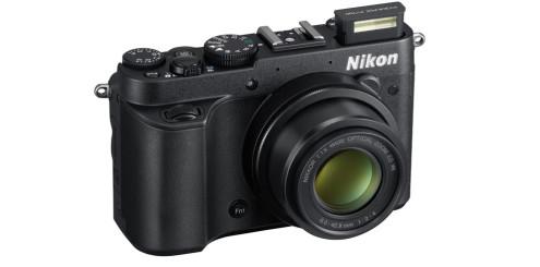 Nikon Coolpix P7700