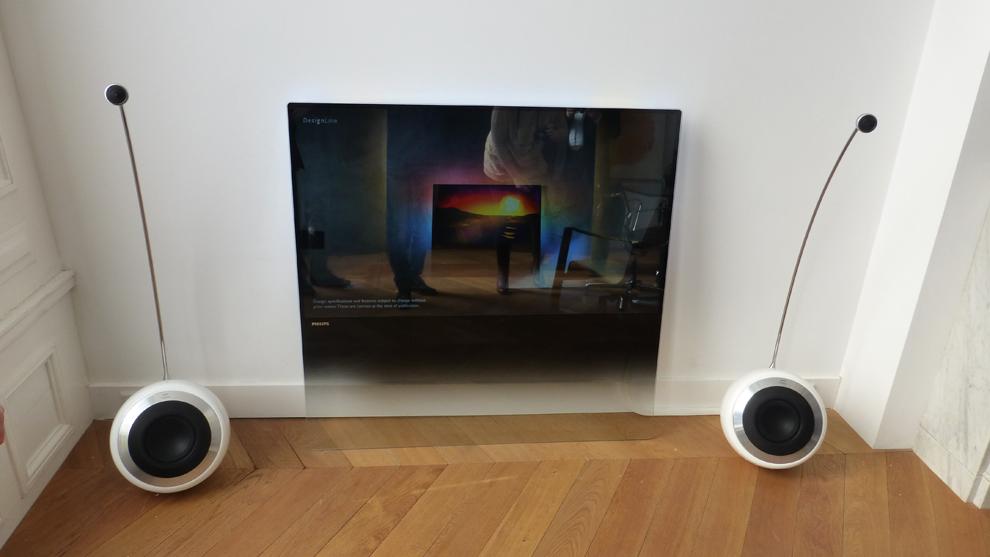 8908 designline heftig design tv fra philips lyd bilde. Black Bedroom Furniture Sets. Home Design Ideas