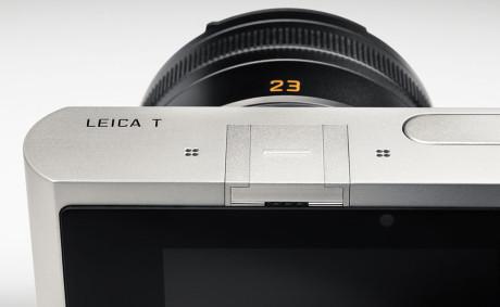 Leica-T_silver_CU_08
