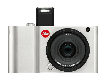Leica-T_silver_flash_front