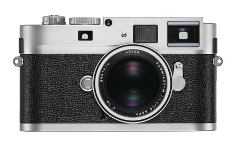 Leica-M-Monochrom_silver_front