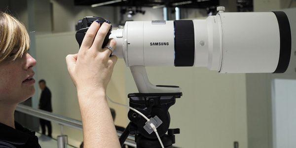 Samsung med 300mm for proffene