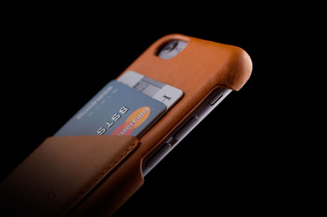 Leather-Wallet-Case-for-iPhone-6-Tan-Lifestyle-003