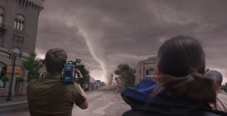 Into-the-Storm_5