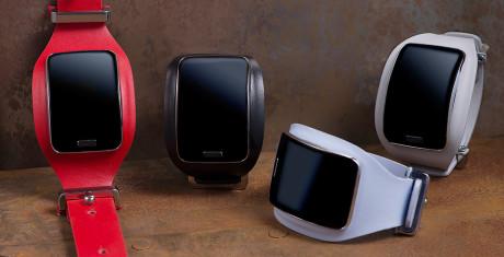 Samsung-Gear-S-NDR_7652_R