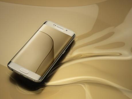 Galaxy_S6_edge_Gold_Platinum_Art_Photo2-1024x768