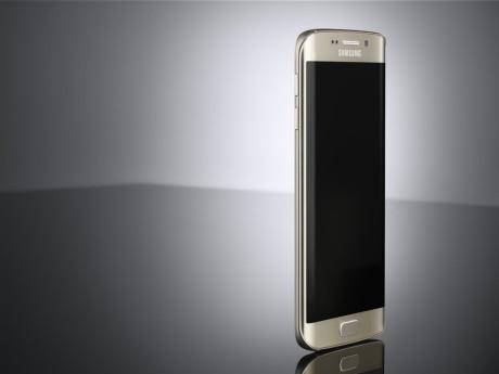 Galaxy_S6_edge_L_Front_Gold_Platinum_ArtPhoto-1024x767