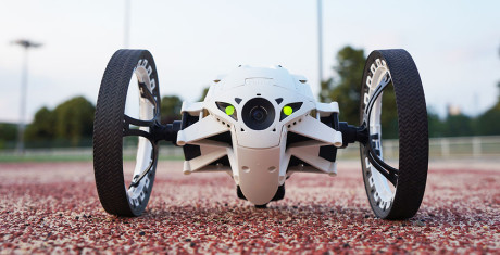Parrot_Jumping_Sumo_2