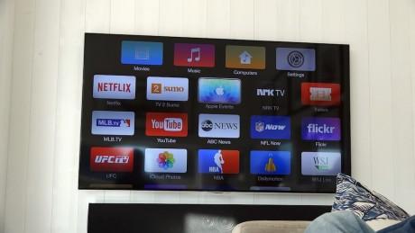 """Etter å ha klikket på """"Apple TV"""", skifter menyen på TV-en seg til  den fra Apples mediaboks."""