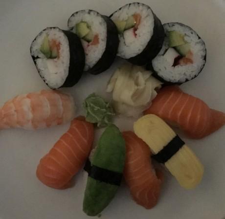 Sushi-dark-iPhone-6s-Plus-1024x998