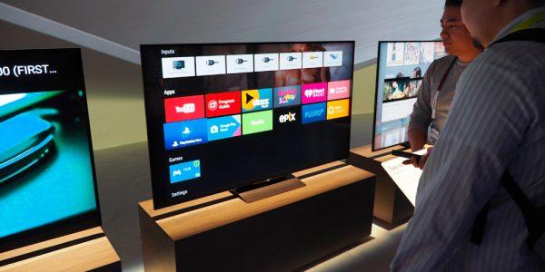Slanke og skarpe TV-nyheter fra Sony