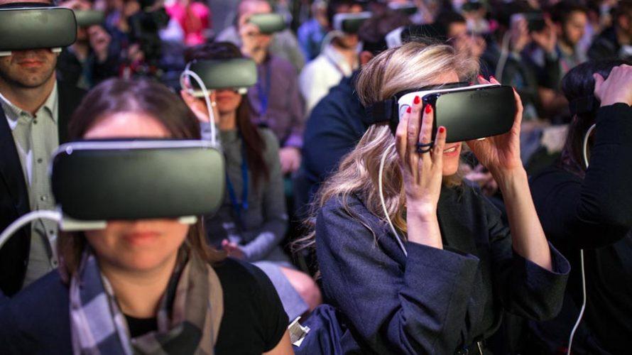 LG 360 VR vs. Samsung Gear VR