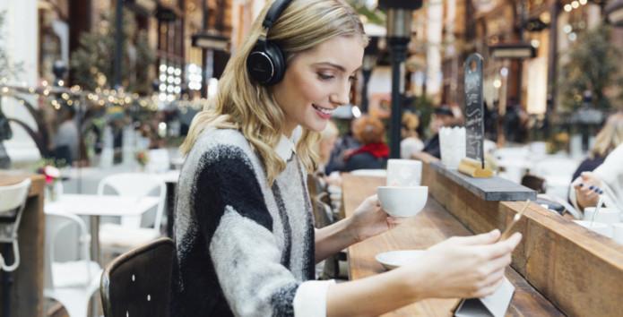 10 trådløse hodetelefoner