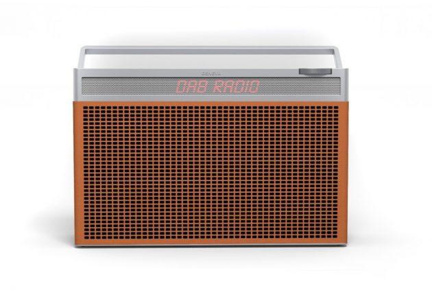Geneva-radioen finnes i flere farger, rødt, hvitt, sort og brunt.