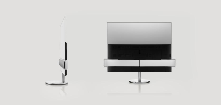 Ljudet är mer än halva upplevelsen, säger B&O, och det märks absolut på nya BeoVision som har en kraftfull, integrerad soundbar som heter SoundCentre. Här visas den från sidan och bakifrån. Foto. Bang & Olufsen