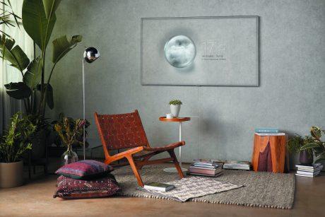 Genomskinlig TV: nya Ambient Mode gör att TV-skärmen ser ut precis som väggen bakom. Foto: Samsung