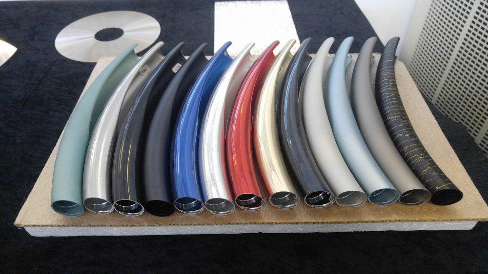 Bang & Olufsen kan göra aluminium med olika färger och finish. Foto: Audun Hage