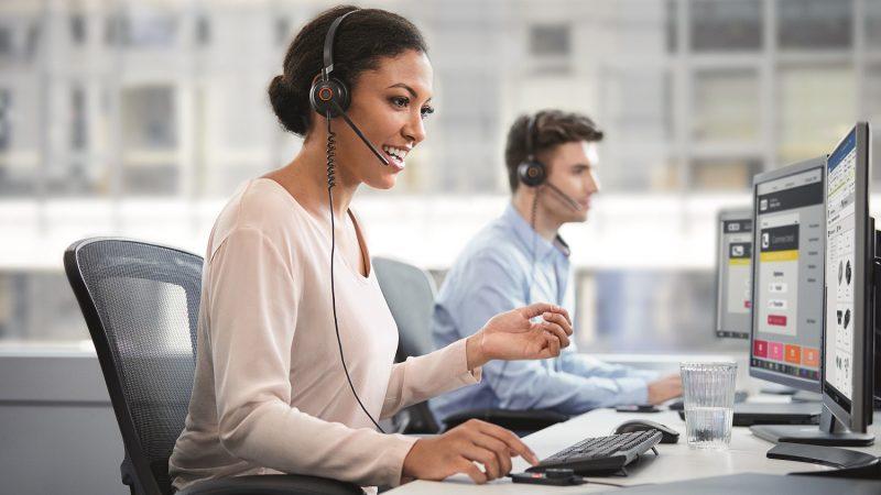 Jabra Engage 50, trådbasert digitalt headsett med tre patenter for bedre samtalekvalitet