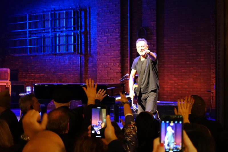 Springsteen on Broadway_Netflix_12