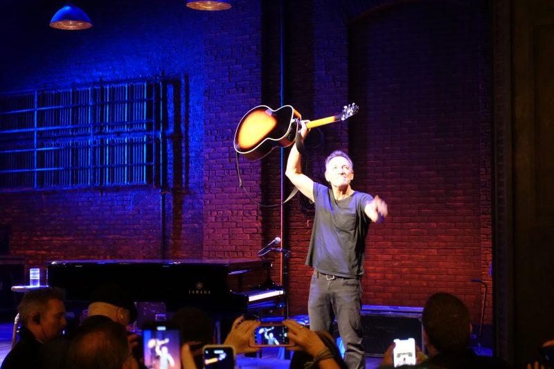 Springsteen on Broadway_Netflix_13