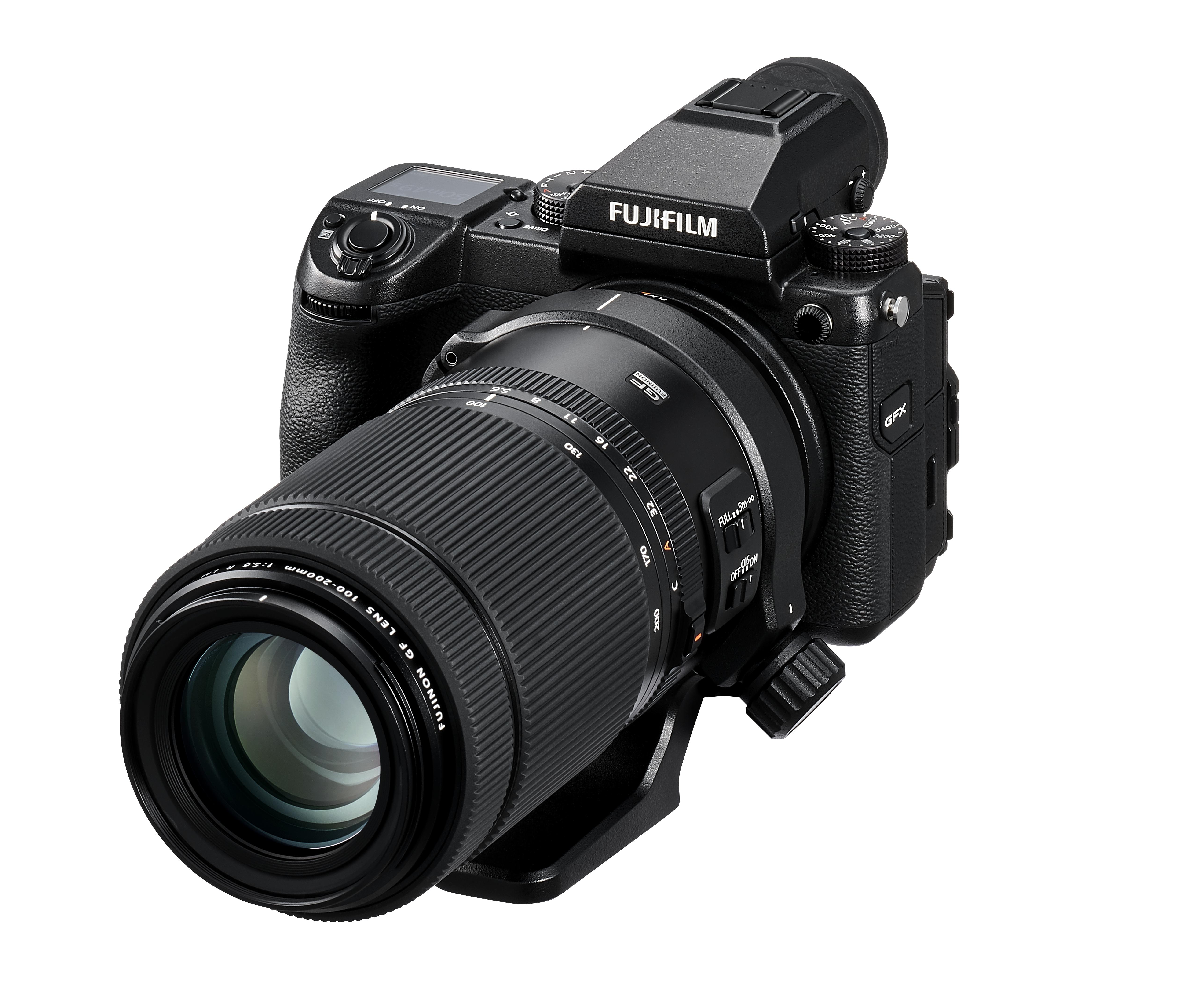GFX50S med GF100-200mm f5.6 R LM OIS WR. Foto: Fujifilm