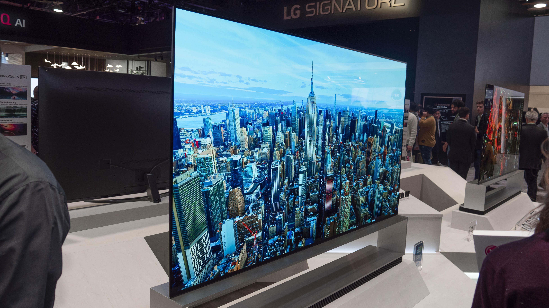 LG:s 88-tums 8K-OLED-TV är en vacker skapelse. Foto: Geir Gråbein Nordby