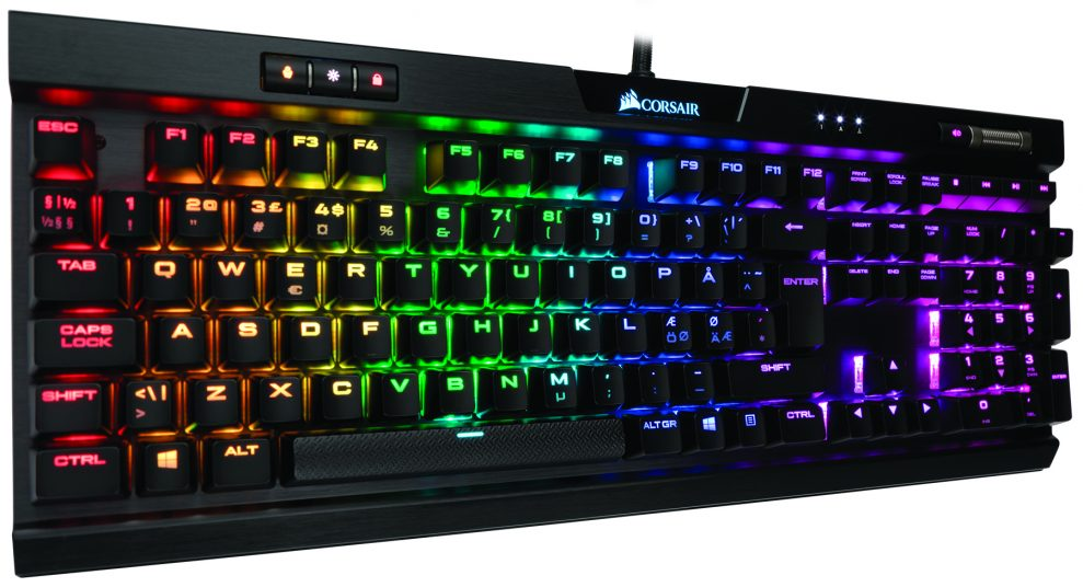 TEST: Corsair K70 RGB MK.2 – Lysshow over alt