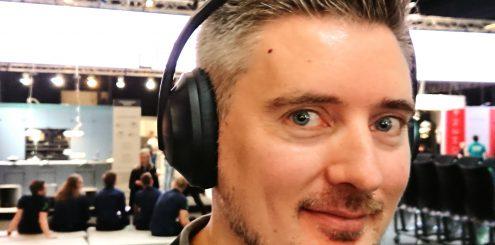 Første lytt på: Bose Noise Cancelling Headphones 700