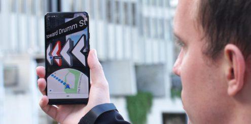 Ny AR-funksjon gjør det lettere å finne fram med Google Maps