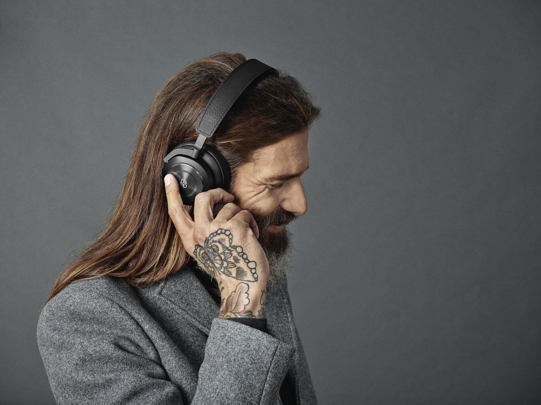 On ear fra B&O – Lyd & Bilde