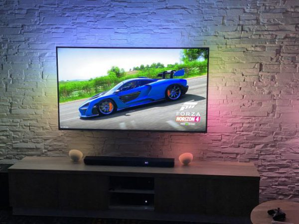 Philips får Ambilight på alle nye TV-er