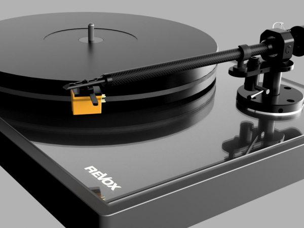 Revox lanserer platespilleren Studiomaster T700