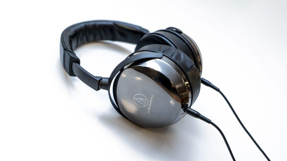 TEST: 10 hodetelefoner til hjemmekontor – 10 hodetelefoner