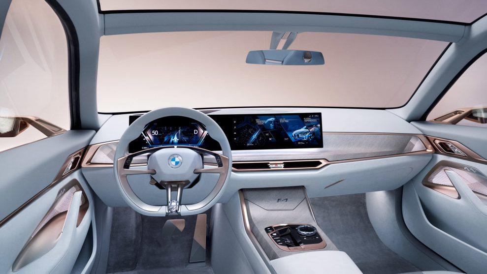 BMW Concept i4-10