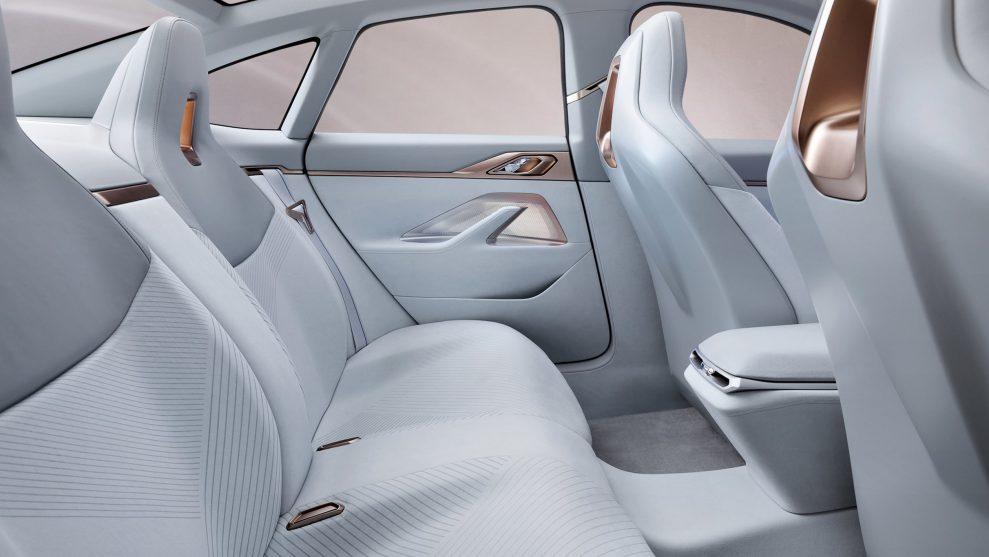 BMW Concept i4-14