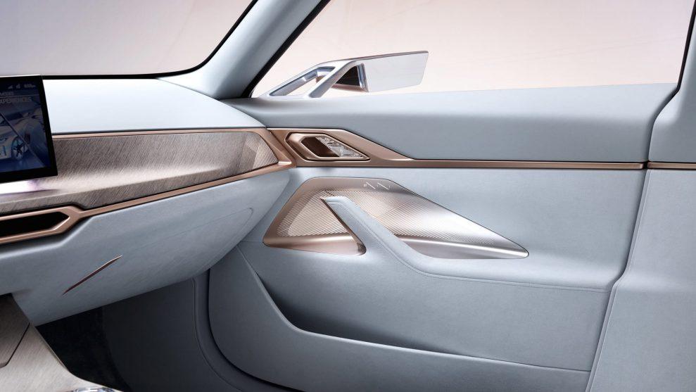 BMW Concept i4-16