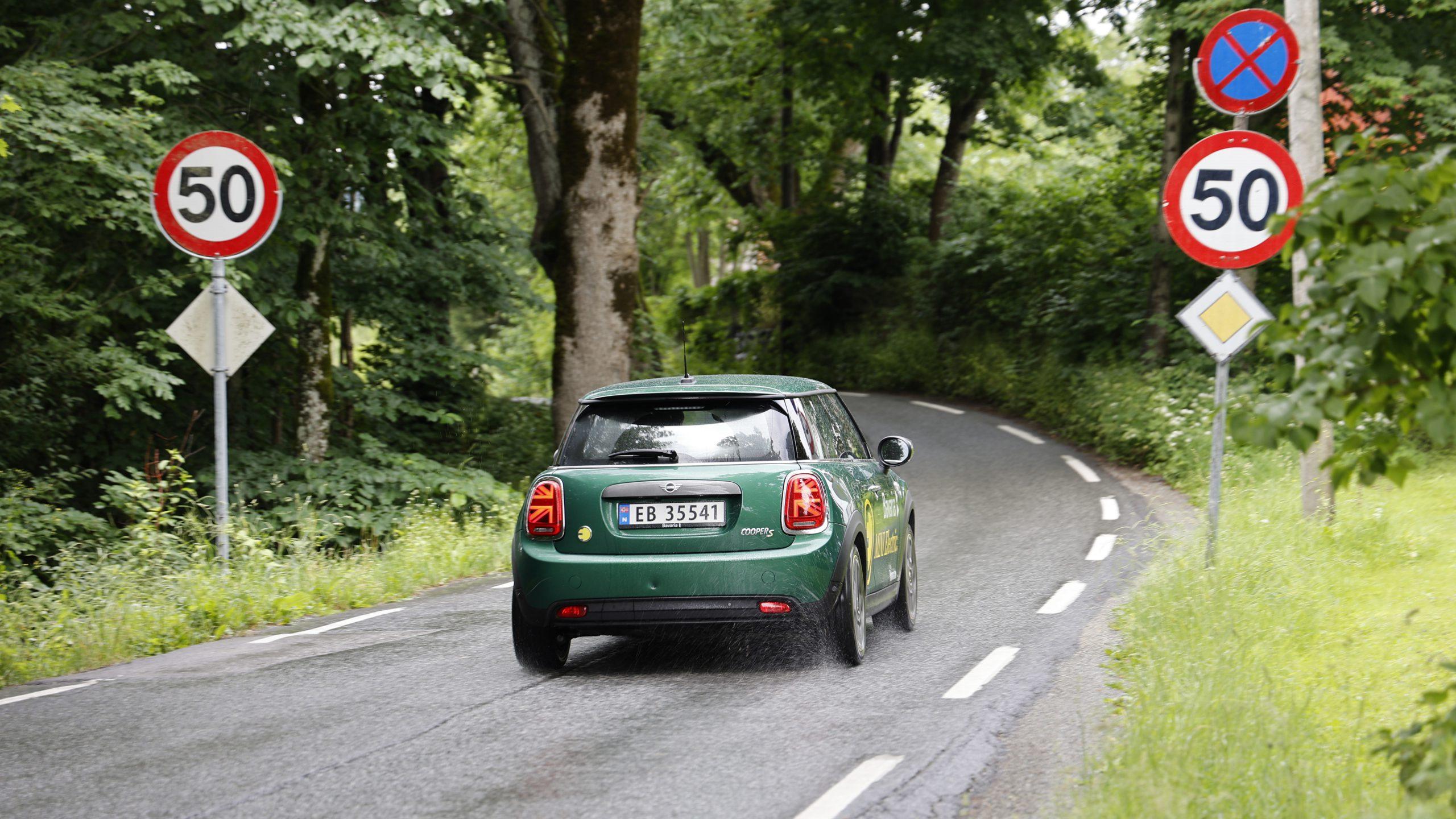 Mini Cooper SE rear (foto Lasse Svendsen)