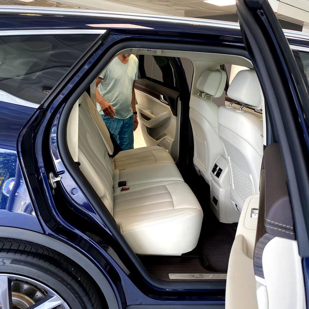 BYD Tang backseat