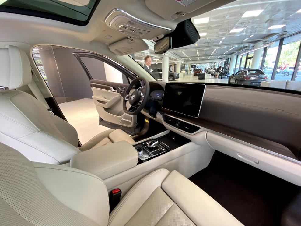 BYD Tang interior2