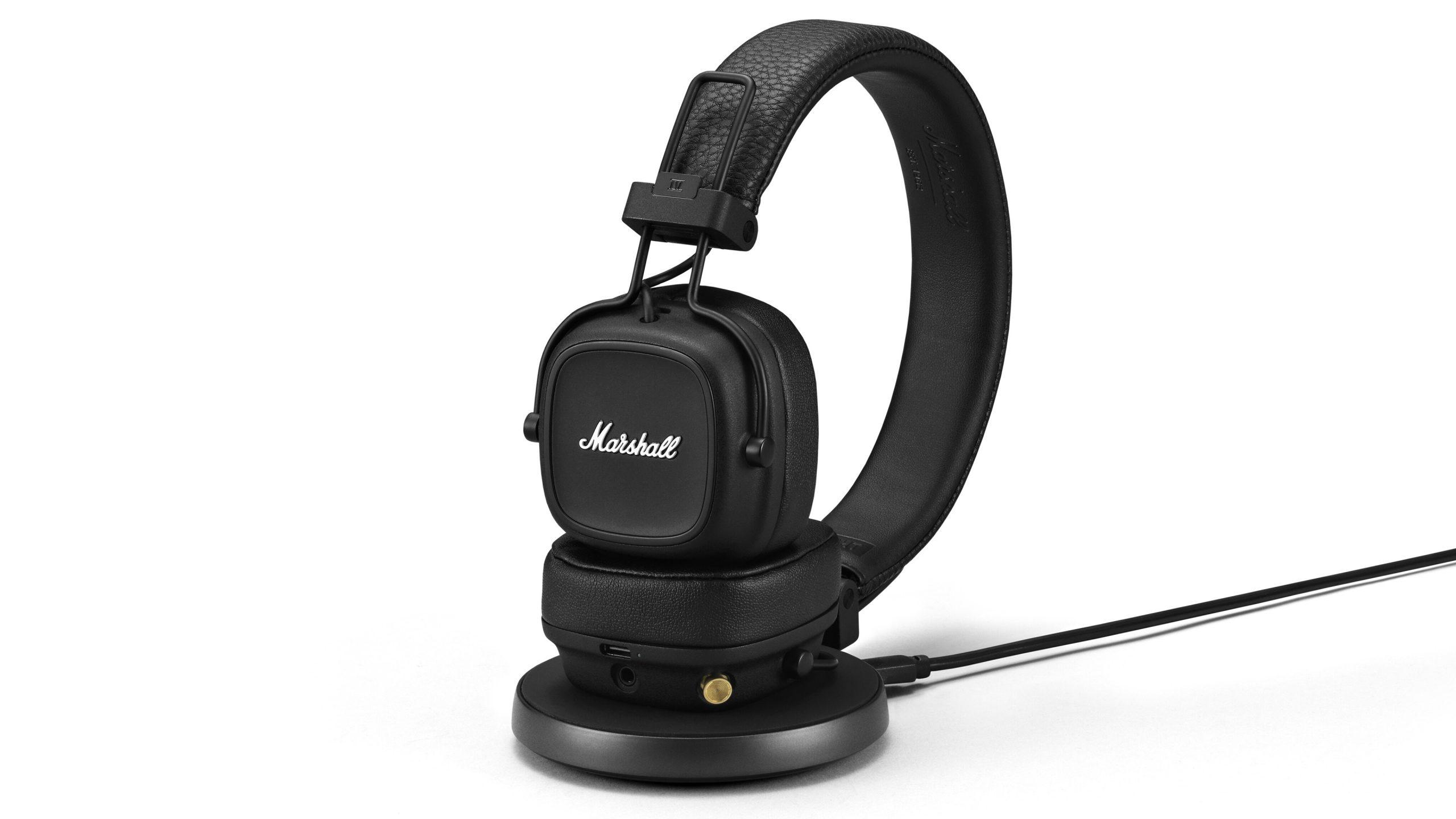 Marshall Major IV kan lades trådløst. Laderen følger ikke med. Foto: Marshall