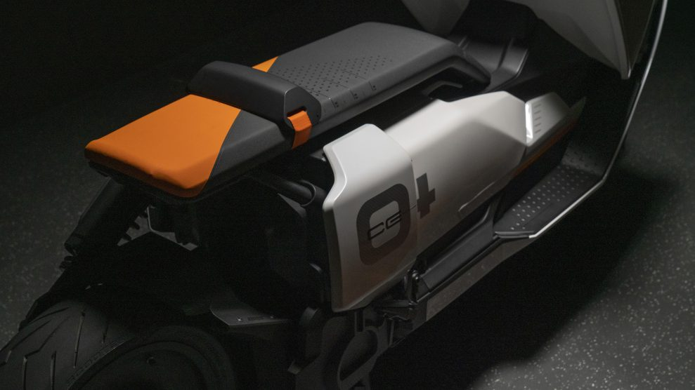 BMW Motorrad Definition CE 04 (8)