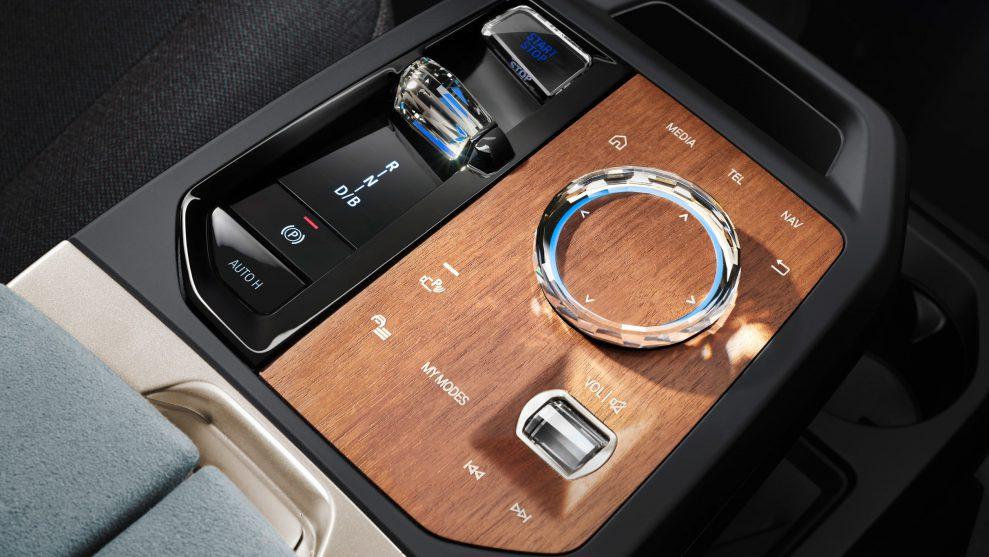 New BMW iX 8