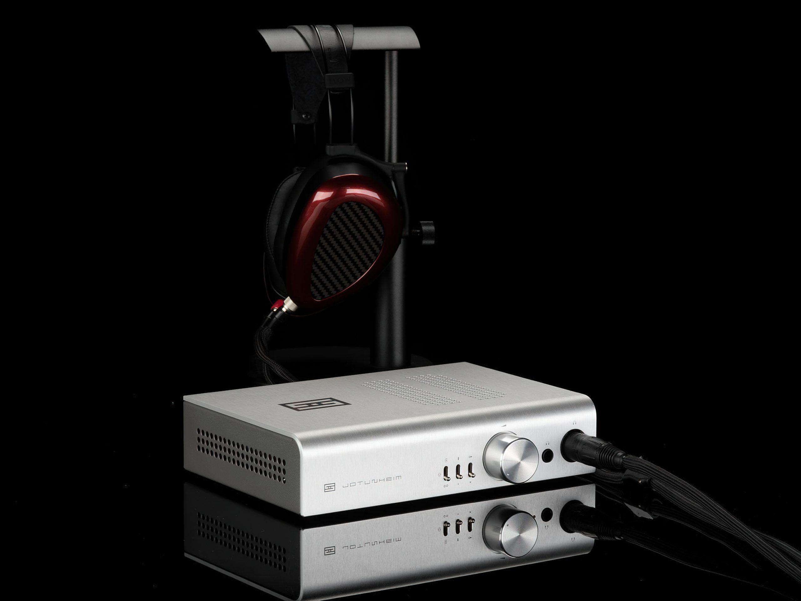 schiit jotunheim 2 with headphones 1920-gigapixel-width-3840px