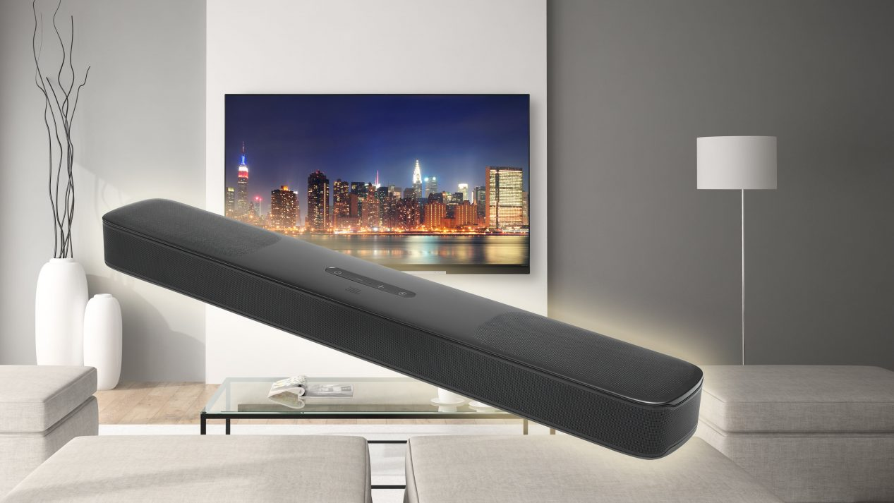JBL Bar 5.0 Multibeam lifestyle