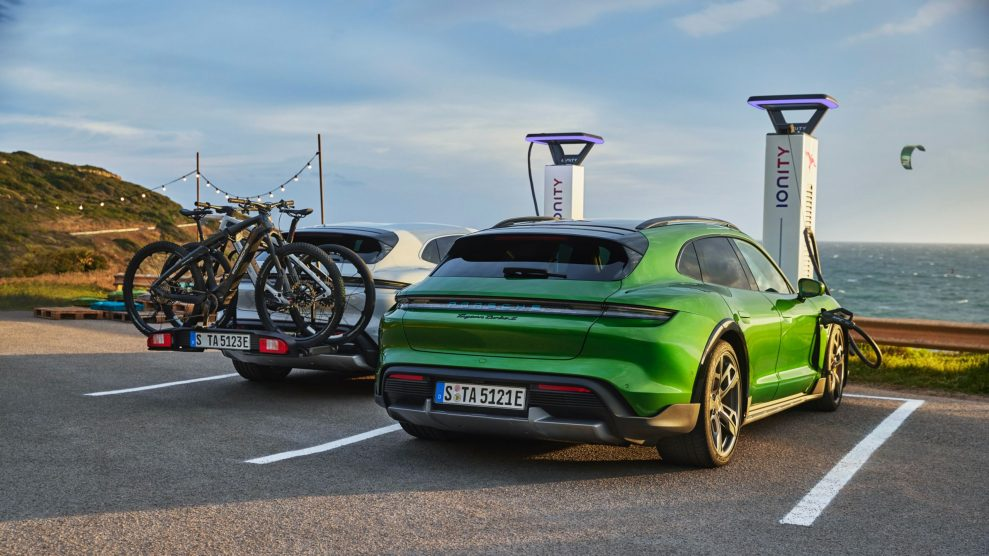 Porsche Taycan Cross Turismo charging