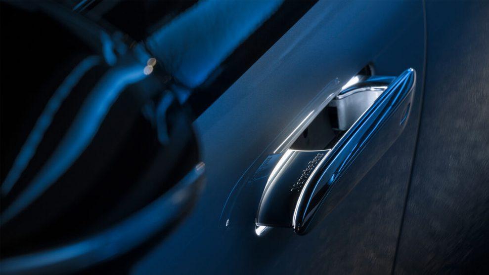 Mercedes EQS 11