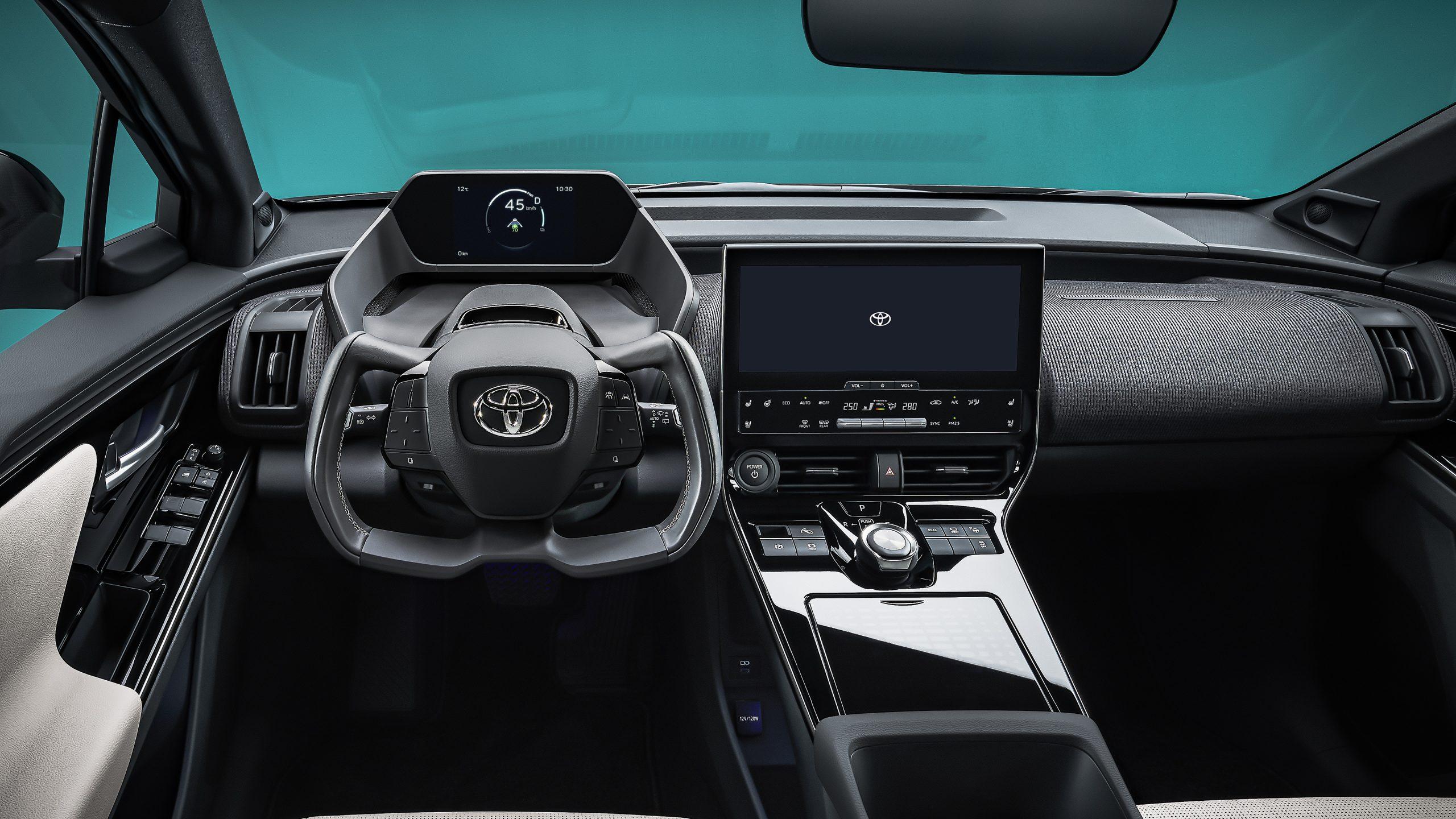 Toyota bZ4X dash